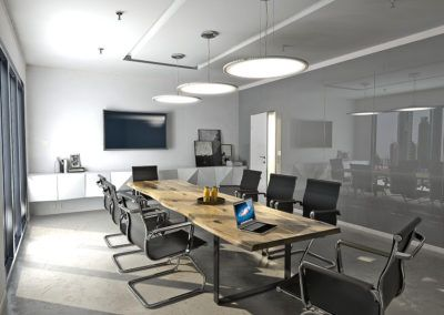 Solidny i elegancki stół z drewna litego idealnie nadający się do sali konferencyjnej.