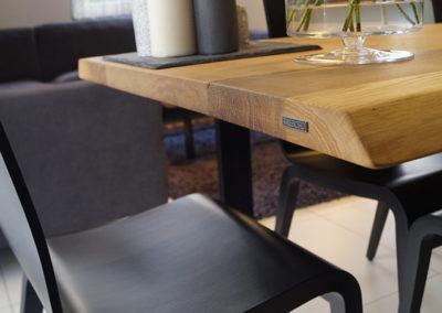 Inpiracje do jadalni, unikalny stół, zbliżenie