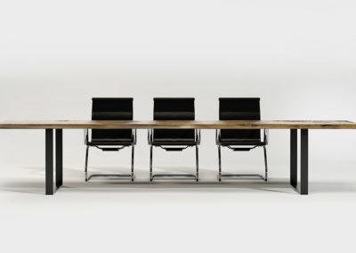Stół konferencyjny Classic, minimalistyczne wnętrze