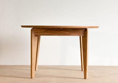 rozkładany stół SLIG złożony