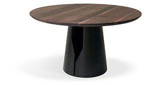 Nowoczesny, minimalistyczny stół okrągły