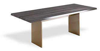Stół - połączenie drewna i metalu, minimalistyczne meble